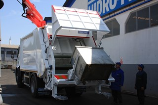 Standart Metal- Plastic Containers and Under Ground Container System for Rear Loader Garbage Truck