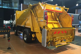 Rear Loaded Garbage Compactor Mercedes atego 1621